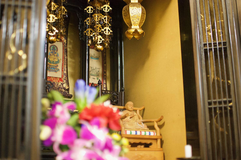 仏壇を粗大ごみとして処分する方法や注意点